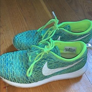 Green Nike Roche Gym Shoes